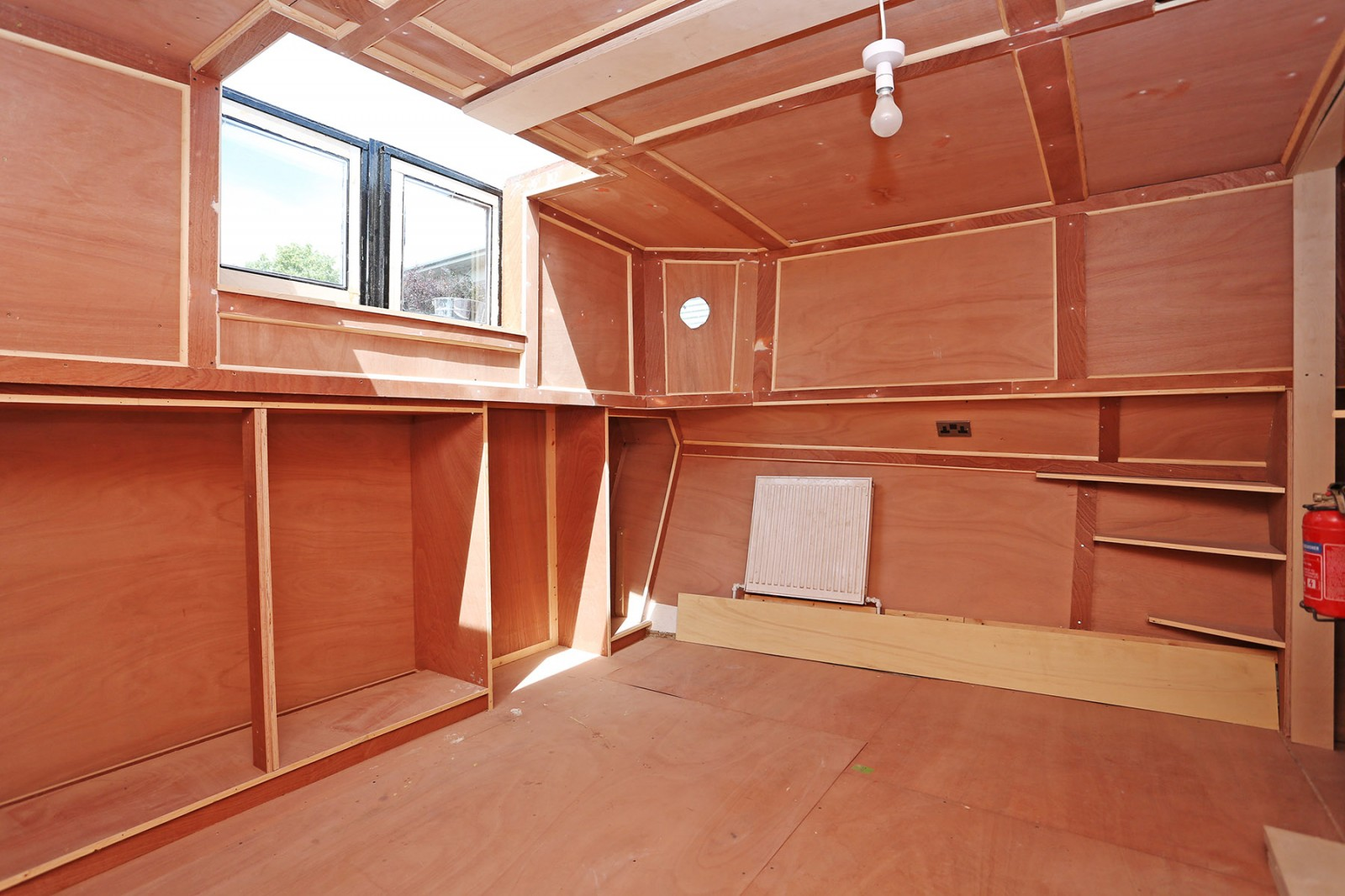 2 bedroom property for sale in Packet Boat Marina, Packet
