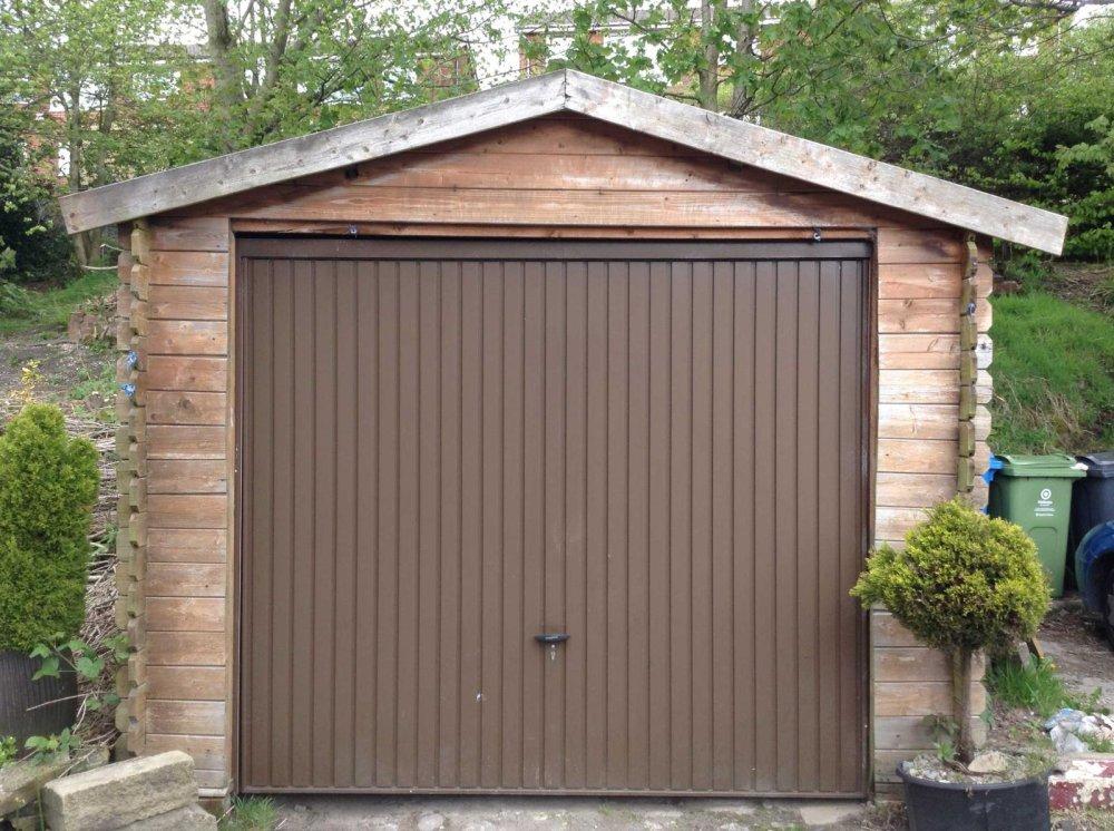 Garden Sheds Oldham 2 bedroom property for sale in huddersfield road, lees, oldham