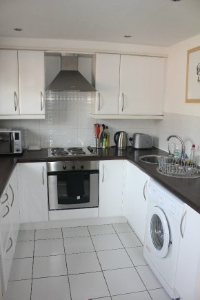 2 Bedrooms Flat for sale in Waterloo Road, Stalybridge