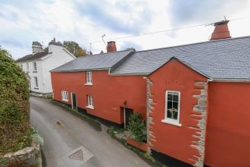 Cob Cottage the natural choice in Broadhempston
