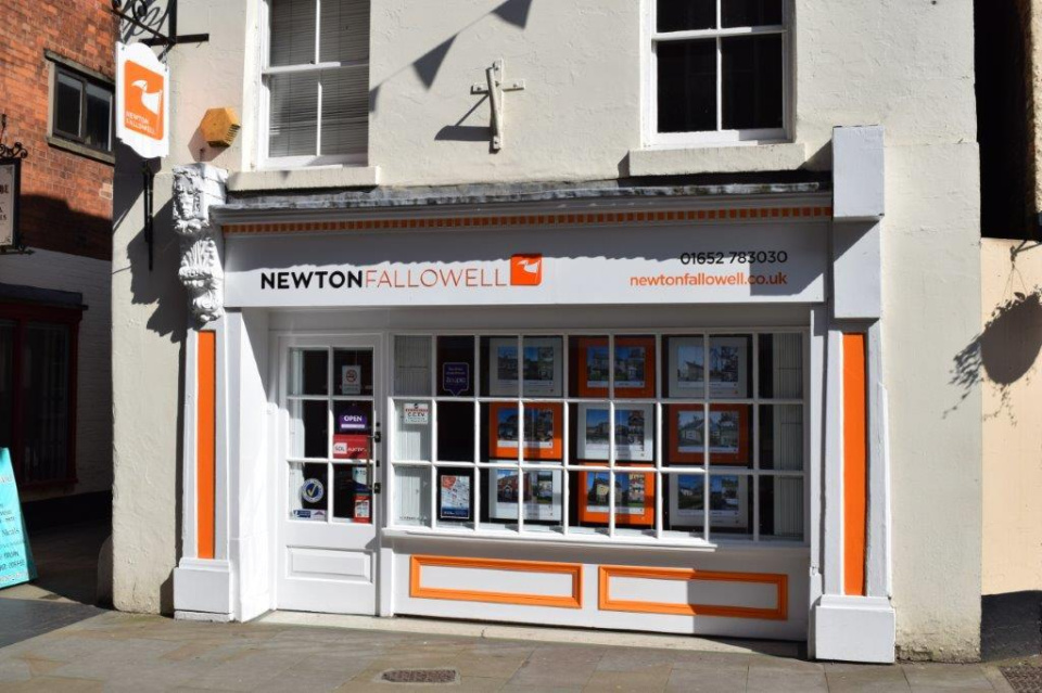 Estate Agent and Letting Agent in Brigg: Newton Fallowell