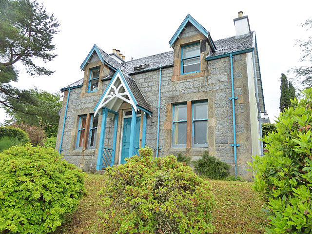 4c15cdf6aef 4 bedroom property for sale in Lorne Villa