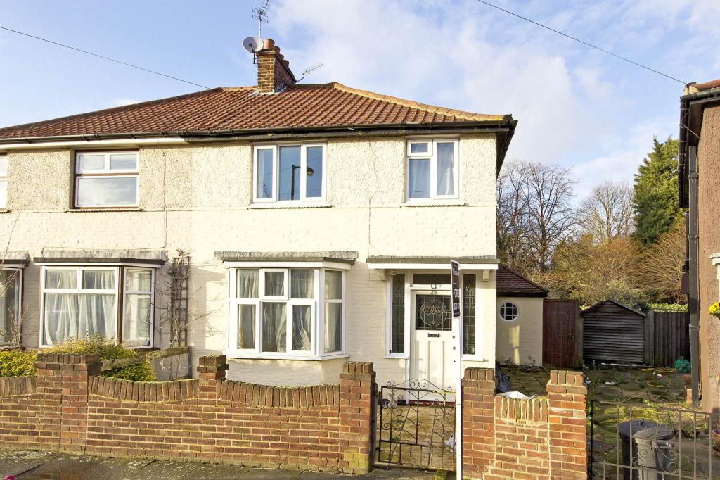 3 Bedroom Property For Sale In Rogers Road Tooting