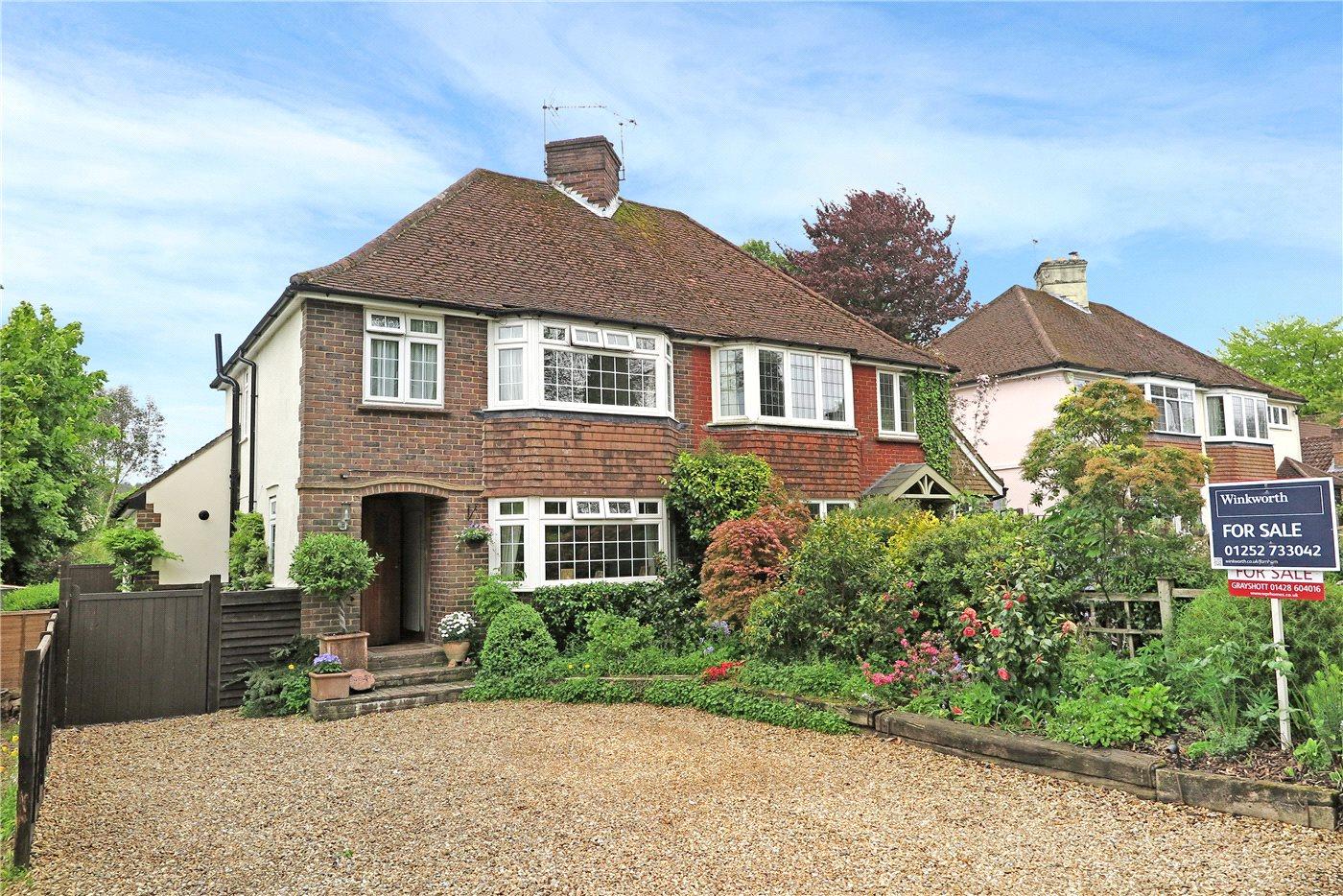 3 Bedroom Property For Sale In Whitmore Vale Road Grayshott