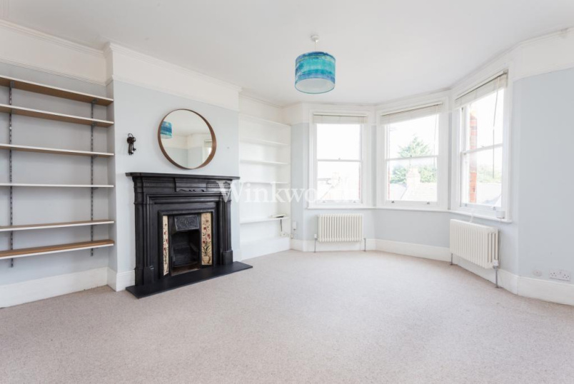 Flat/apartment to rent in Harringay - Salisbury Mansions, St. Ann's Road, London, N15