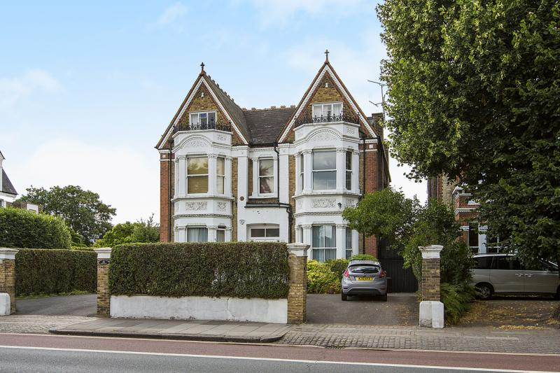 House for sale in  - Castelnau, Barnes, London, SW13