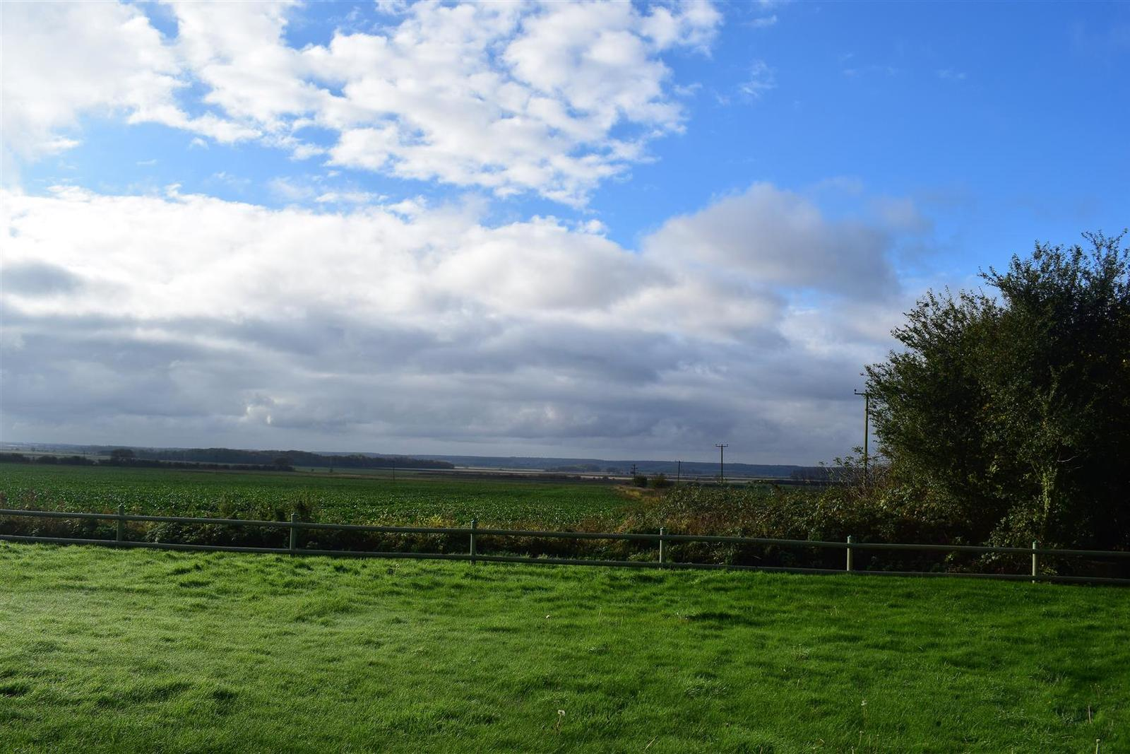 Property for sale in Low Road, Worlaby