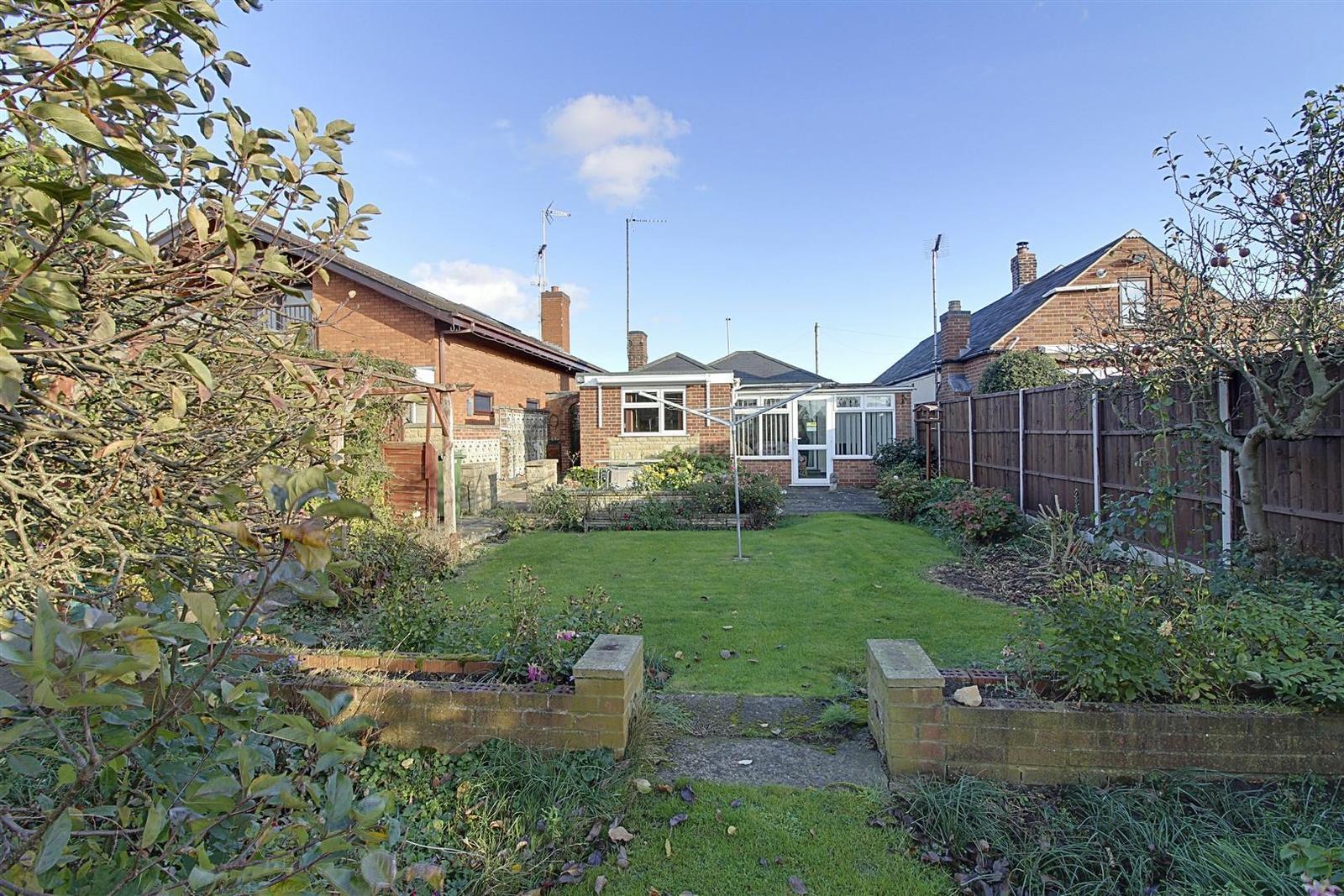 3 Bedrooms Property for sale in Peterborough Road, Farcet