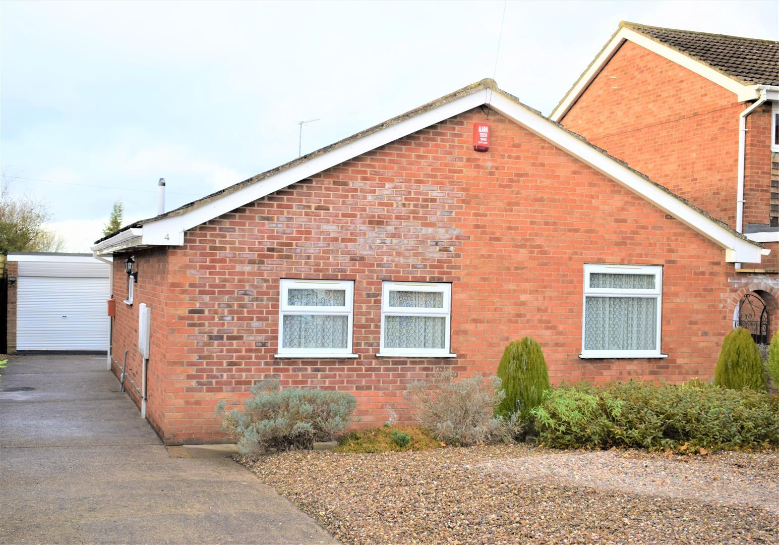 3 Bedrooms Bungalow for sale in Springfield Rise, Brigg