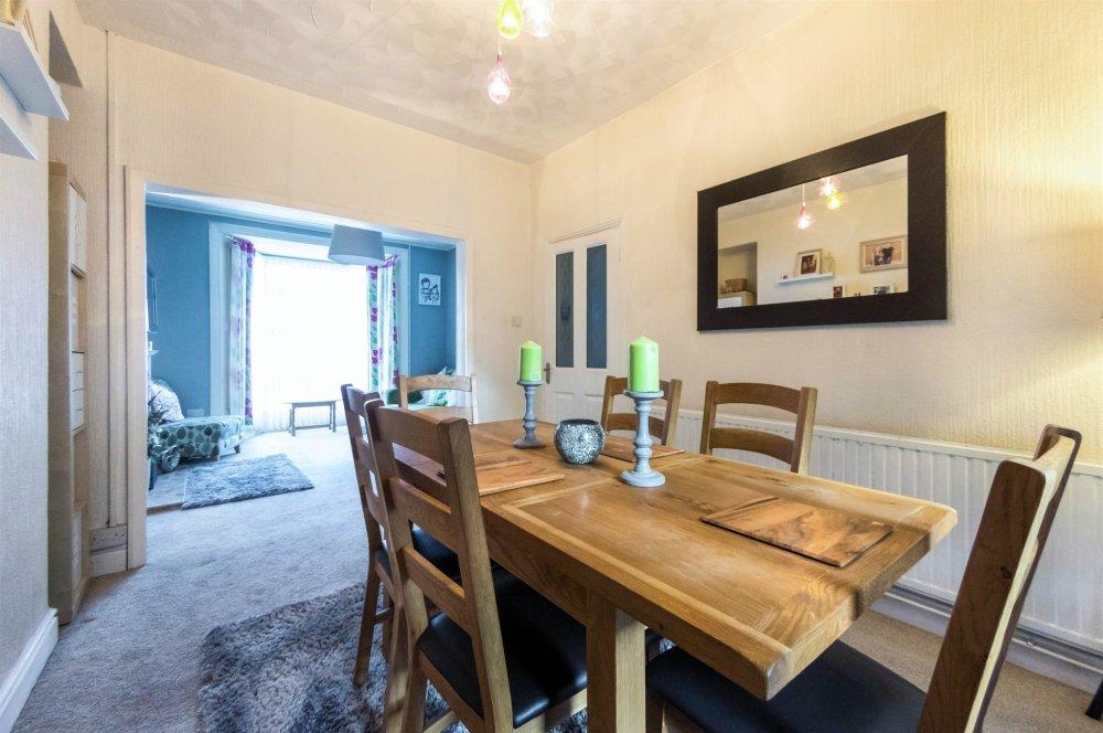 3 Bedroom Property For Sale In Manselton Road Swansea