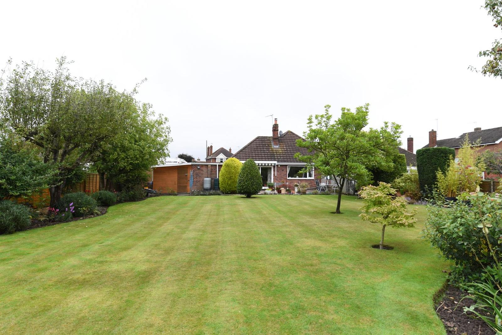 3 Bedrooms Bungalow for sale in Freiston Road, Boston