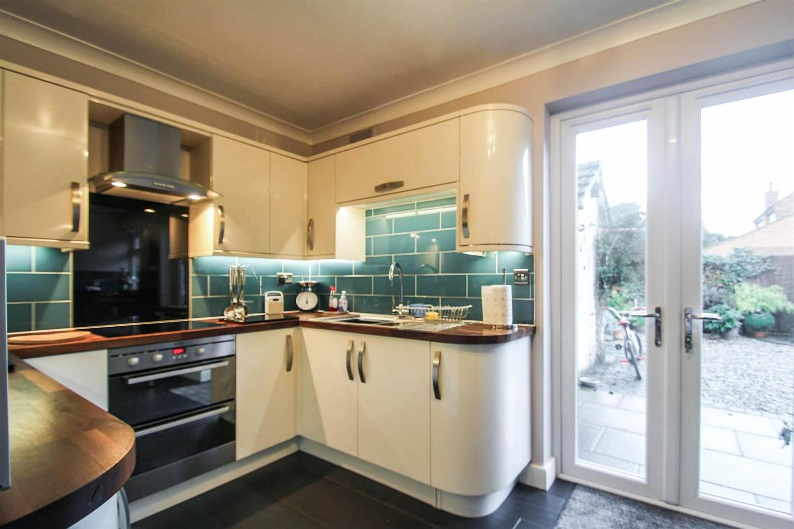3 Bedrooms Detached House for sale in Woodfield Road, Rothley, Leicester