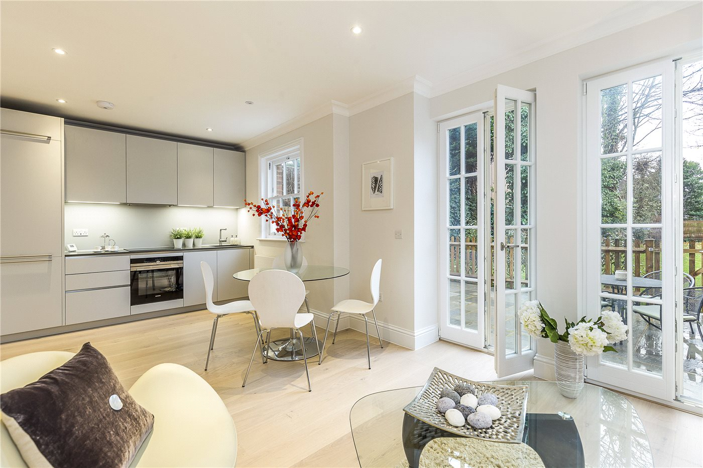 3 bedroom property for sale in Fountain House, 138 West Hill, London ...