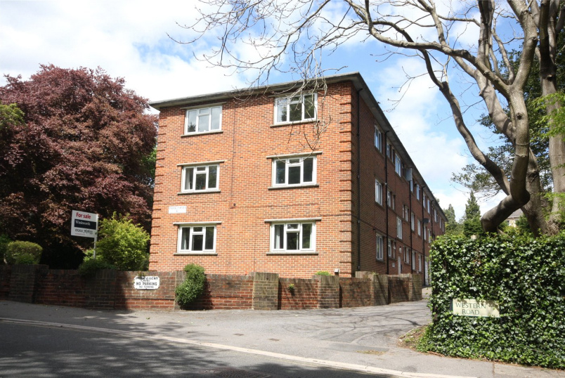 Flat/apartment for sale in Westbourne - Park Court, 47 Western Road, Branksome Park, BH13