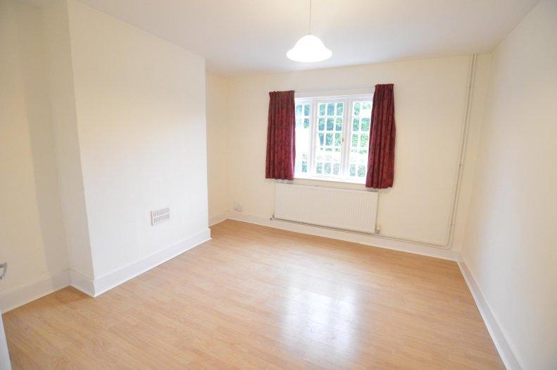 Good 2 Bedroom End Of Terrace House To Rent In Sandpit Lane, St Albans, AL1 |  Northwood St Albans
