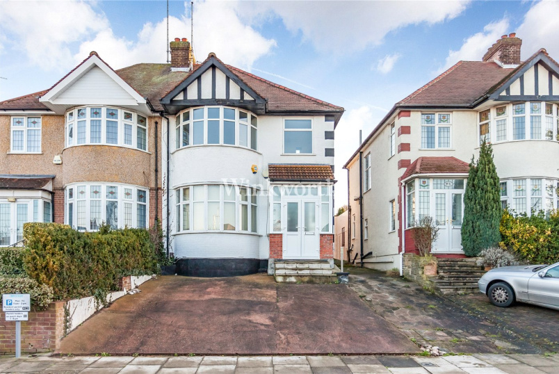 House to rent in  - Southfields, London, NW4