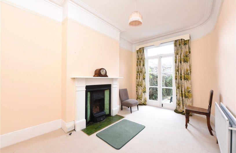Property For Sale Heythorp Street Sw