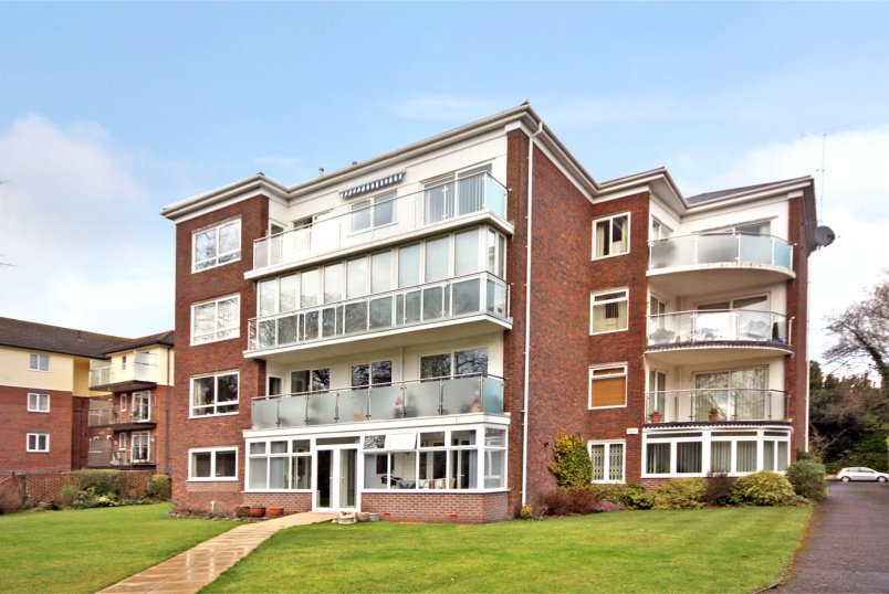 Flat/apartment for sale in Westbourne - Wilton Place, 66 West Cliff Road, Bournemouth, BH4