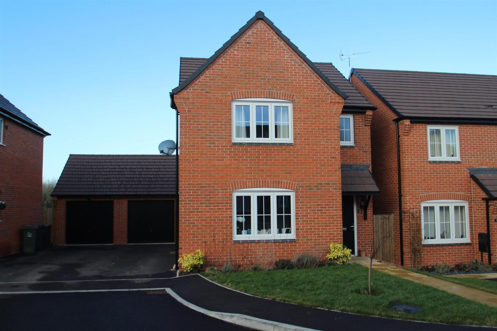 3 Bedrooms Property for sale in Yeoman Way, Rothley, Leicester