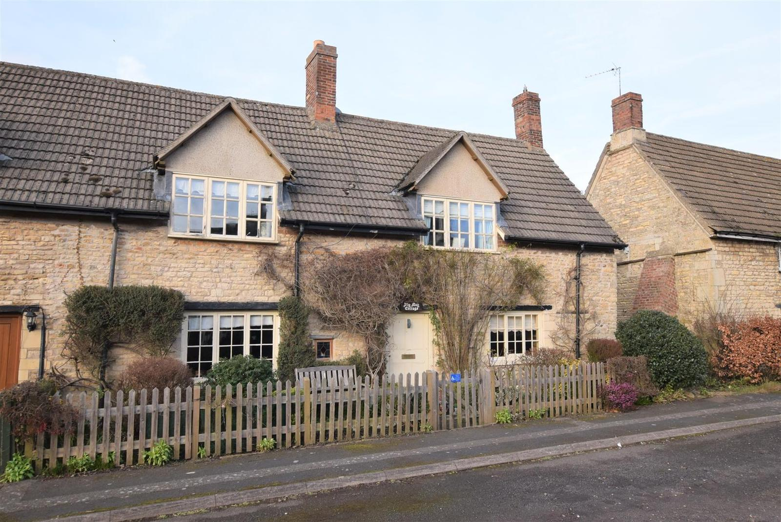 2 Bedrooms Property for sale in Well Cross, Edith Weston