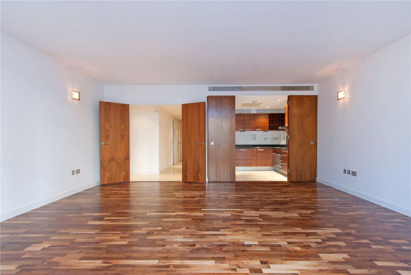 Flat/apartment to let - The Galleries, Abbey Road, St John's Wood, NW8