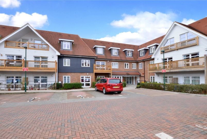 Flat/apartment for sale in Cheam - Bethell Court, 31 Mickleham Gardens, Cheam, SM3
