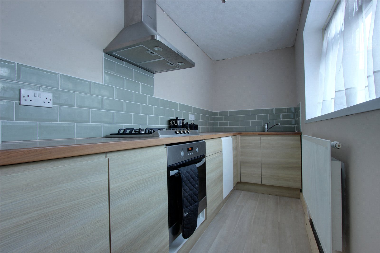 2 bedroom property for sale in Bell Street, Middlesbrough, TS5 - £65,000