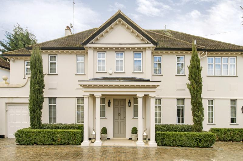 House for sale - Roedean Crescent, Putney, London, SW15