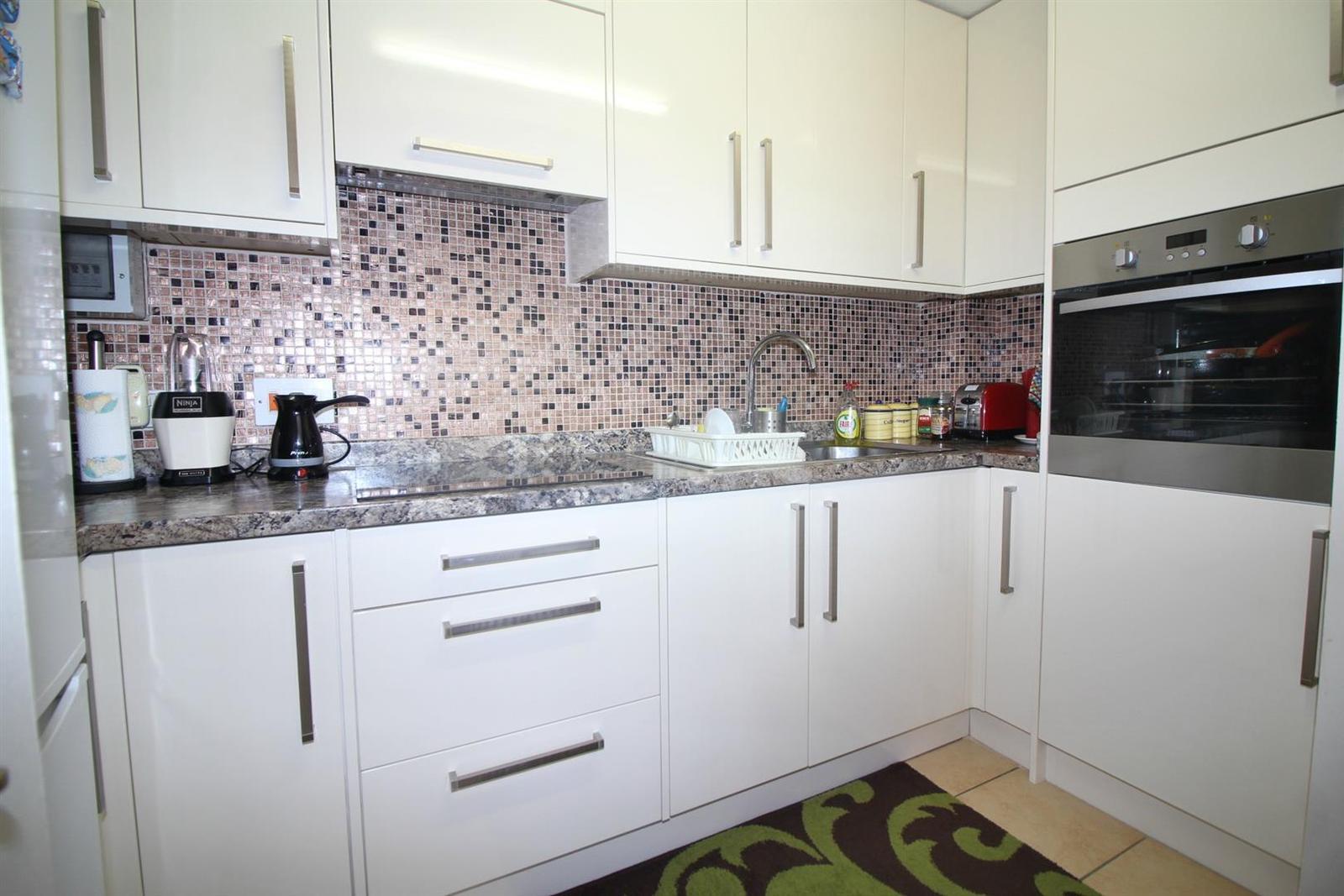 1 bedroom property for sale in Churchgate, West Cheshunt, Herts EN8 ...