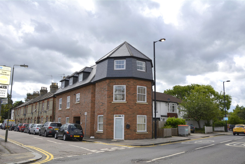 Flat/apartment to rent in Barnet - Romily Court, St. Albans Road, High Barnet, EN5