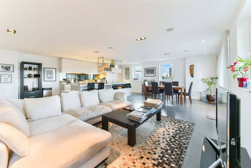 Flat/apartment for sale - Wharf Road, London, N1