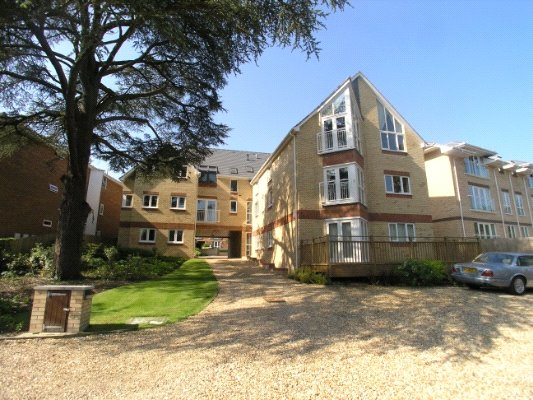Flat/apartment to rent in Westbourne - Dunvegan Court, 73 Surrey Road, Branksome, BH12