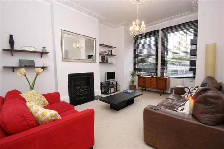 Flat/apartment to let - Nemoure Road, Acton, W3