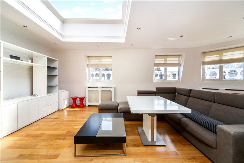 Flat/apartment to let - Westbourne Grove, London, W2