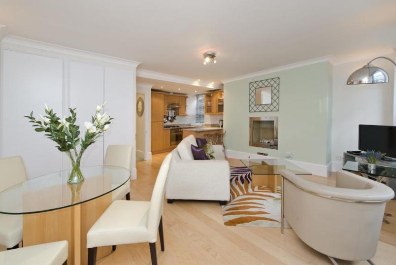 Flat/apartment to let - Weymouth Street, Marylebone, London, W1G