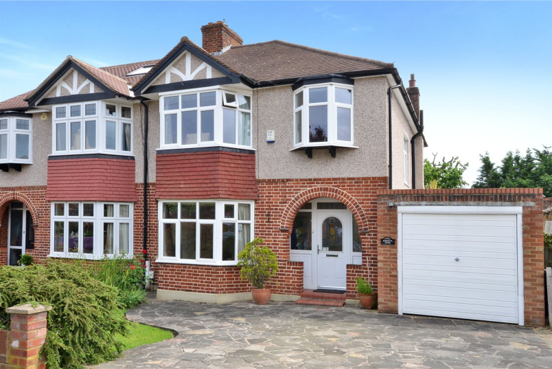 House for sale - Edenfield Gardens, Worcester Park, Surrey, KT4