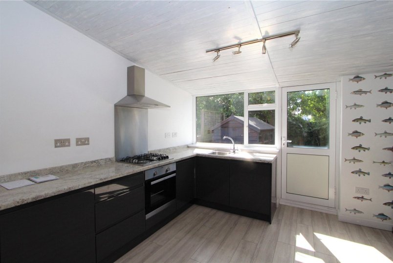 House to let - Robinsons Close, West Ealing, W13