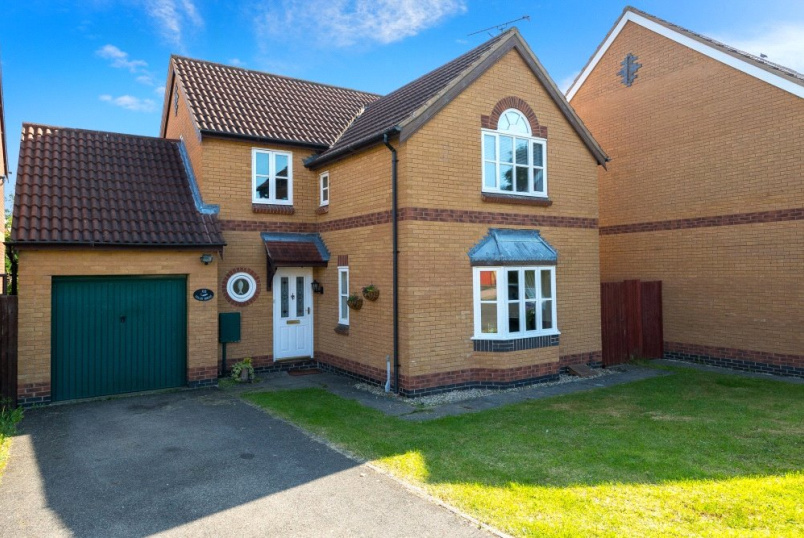 House for sale in Bourne - Viking Way, Thurlby, Bourne, PE10