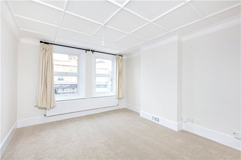 Flat/apartment to let - Barnes High Street, Barnes, SW13