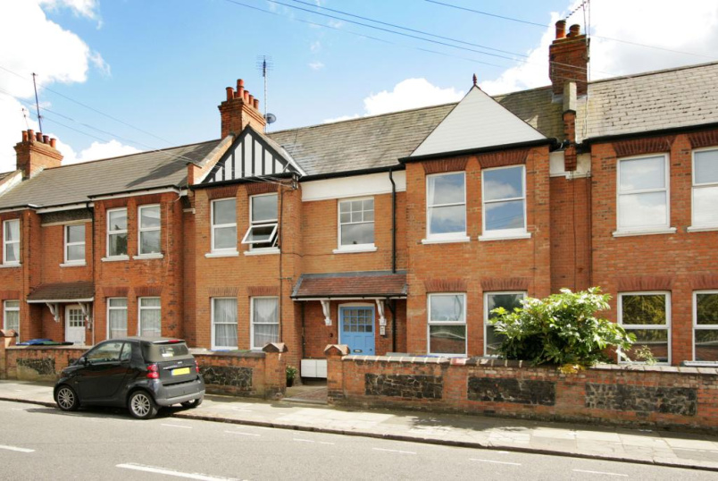 Flat/apartment for sale in Willesden Green - Roundwood Road, London, NW10