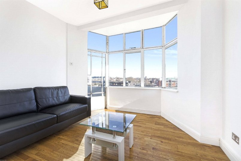 Flat/apartment to let - Trinity Court, 254 Gray's Inn Road, London, WC1X