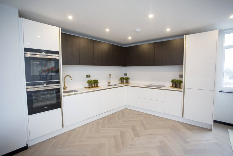 Flat/apartment new instruction - Melvin Hall, Golders Green Road, London, NW11