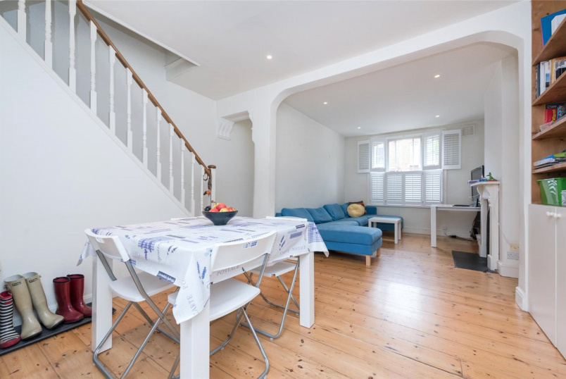 House to rent in Kensal Rise & Queen's Park - Kilravock Street, Queens Park, W10
