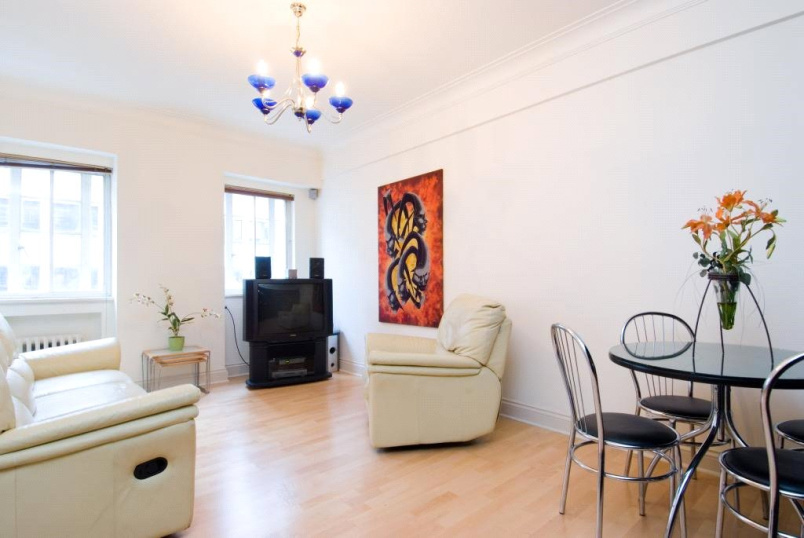 Flat/apartment for sale in Paddington & Bayswater - Wigmore Court, 120 Wigmore Street, London, W1U