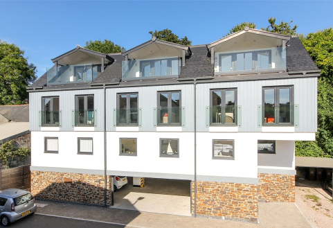 Estuary Edge, Embankment Road, Kingsbridge, TQ7