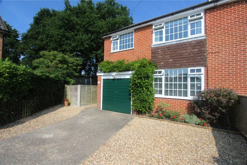 House for sale in Highcliffe - Shorts Close, Burton, Christchurch, BH23