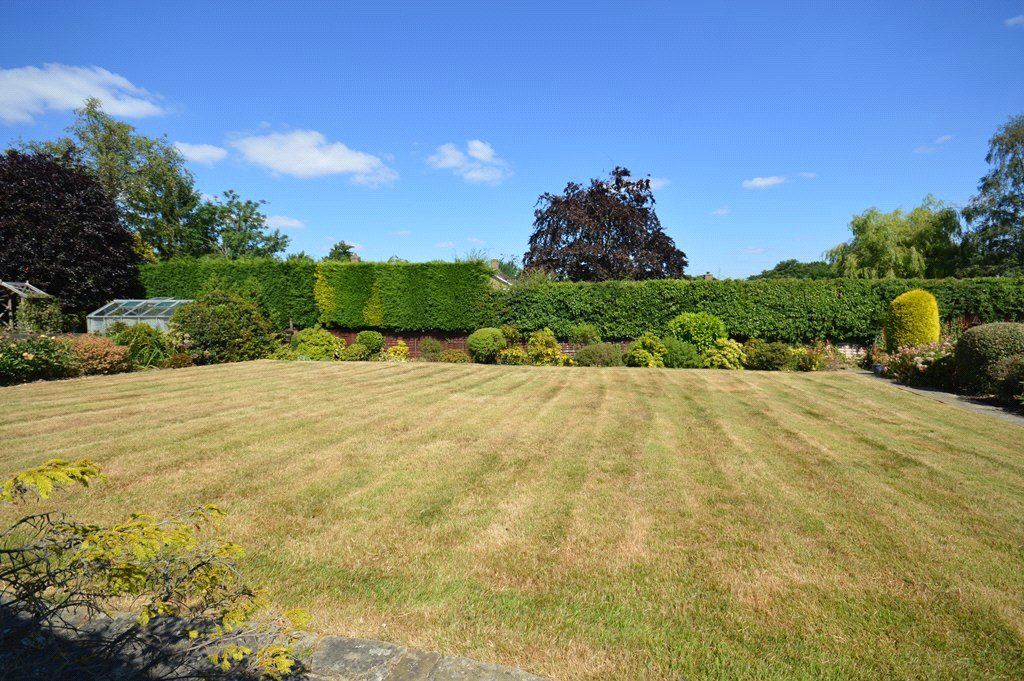 property for sale in Morley, garden