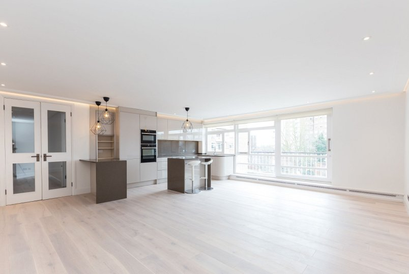Apartment to rent in St Johns Wood - SHERINGHAM, NW8 6QY