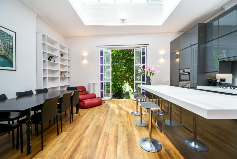 Flat/apartment to rent in Notting Hill - Linden Gardens, London, W2