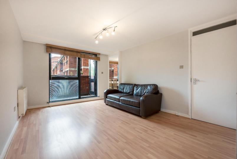Flat for sale in Pimlico and Westminster - NOEL COWARD HOUSE, VAUXHALL BRIDGE ROAD, SW1V